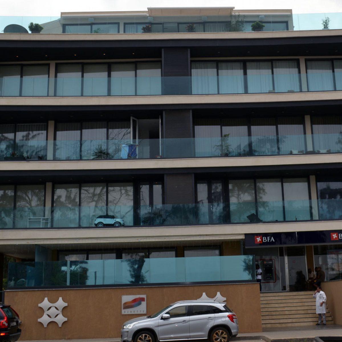 Dinette Building