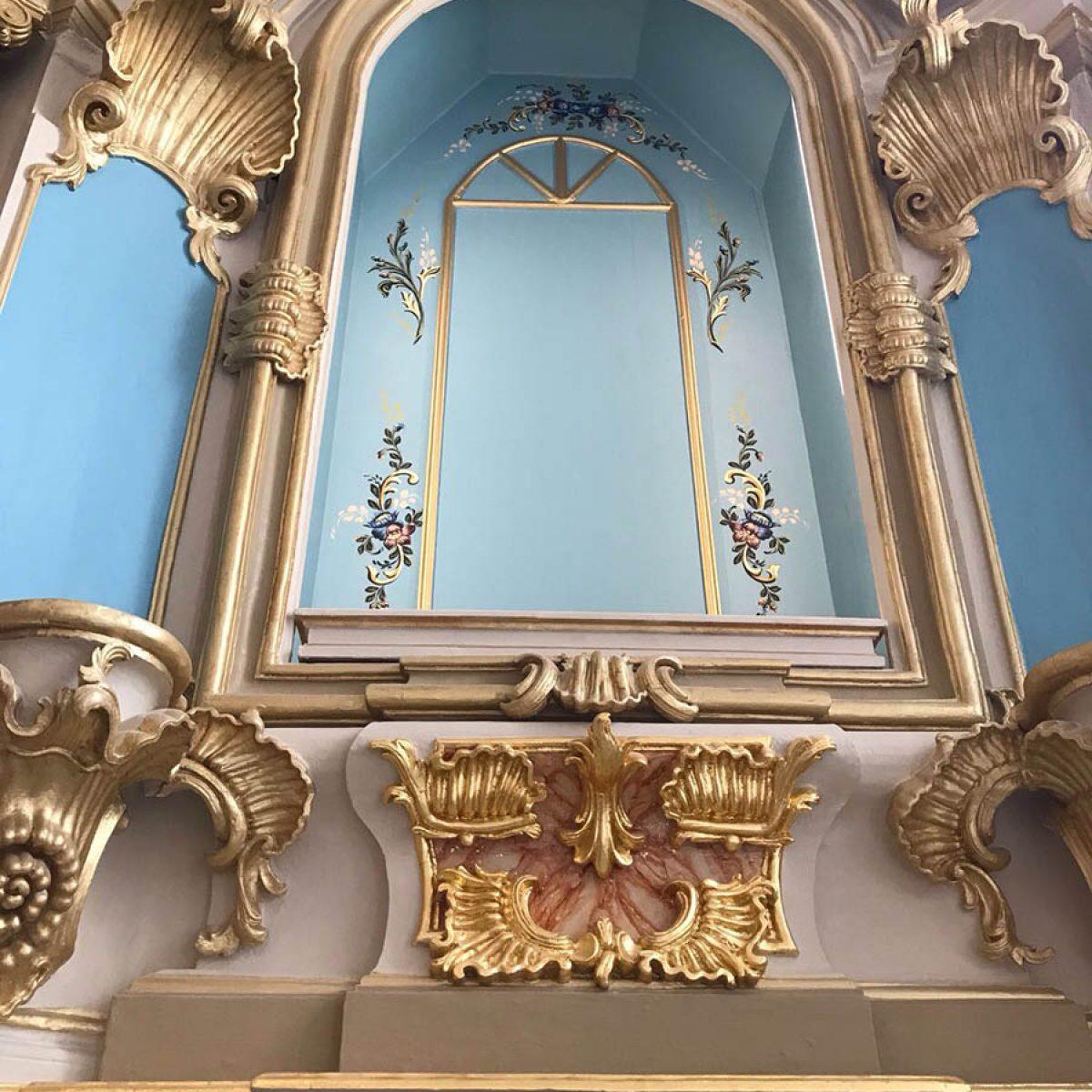 Iglesia de Quintães